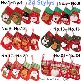 24 stili di regalo della caramella Calza della Befana Mini calzino Babbo Natale Borsa albero di Natale Hanging goccia ciondolo ornamenti decorazioni per la casa da trasporto di goccia della mela fornitori