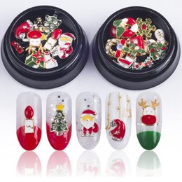 гвозди розы Скидка 10 Дизайн / коробка Рождество Xmas дерево Снеговик Nail Art украшения сплава металла DIY 3D ногтей стразами аксессуары ювелирные изделия инструменты
