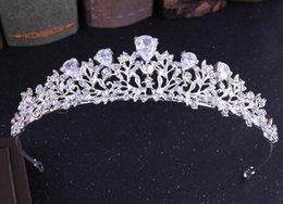 Tipos coroas de tiaras on-line-Liga de noiva coroa zircão tipo de flor Coreano diamante tiara cabelo acessórios do casamento de argola