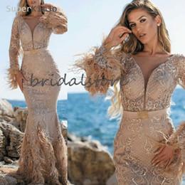 2020 voller federrock Teures Champagne Mermaid Ballkleider mit Feder-Hülsen-lange formale Abendkleid Spitze Ganzkörperansicht Robes De Kaftan Abaya Dubai Röcken günstig voller federrock