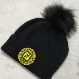 Bb superior on-line-6 cores Big pom-pom real da pele das mulheres dos homens beanies BB marca chapéus de inverno ao ar livre mulheres quentes beanies preto branco cinza