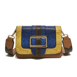 Pequeno padrão de saco de corpo cruzado on-line-2019 novo padrão de cobra pequeno saco do mensageiro das mulheres de moda cor de couro artificial bolsa de ombro das mulheres do sexo feminino corpo cruz # 182871