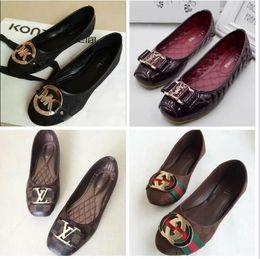 2019 zapatillas dedos calientes 2019 zapatos de diseñador calientes marca mujer M Verano zapatos casuales talones planos Moda Arco glittler Zapatillas Punta Redonda Suave K Sandalias mujeres g 26Color zapatillas dedos calientes baratos