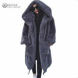 más el tamaño de poncho abrigos Rebajas 2018 Mujer de invierno Abrigo de peluche Chaqueta de piel sintética Prendas de abrigo Conejo Pelo Grueso Largo abrigo de felpa más tamaño suelta Ponchos Capas OKD600