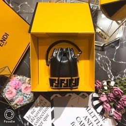 sacos de balde mini Desconto Mini Designer de Sacos de Balde FF Marca de Luxo Bolsa de Moda de Alta Qualidade F Bolsa Saco Mini Balde Saco preto e branco 12 X18 X10cm
