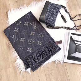 Pañuelo largo pañuelo online-¡Caliente! Bufandas de lujo para mujer Bufanda de cachemira Mujer 180x35cm de largo Chal Bandana para cabeza Bufandas grandes y gruesas para damas sin caja hau11A