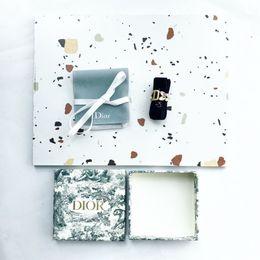 Aretes de platino online-Pendientes para dama Accesorios para el cabello El glamour de la mujer salvaje hecho a mano hecho con platino plateado pareja anillos de compromiso