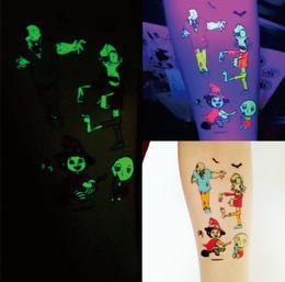 Lumière de nuit fluorescente autocollant de tatouage Cartoon Halloween Noël non toxique rougeoyant dans l'obscurité autocollants temporaires imperméable à l'eau enfants-adultes ? partir de fabricateur