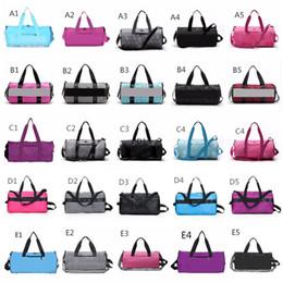 2019 sacchetti da viaggio Rosa Duffel Bag Grigio 25 colori palestra grande archiviazione uomini donne borsa da viaggio Hangbag impermeabile borsoni borse bagagli spedizione veloce sacchetti da viaggio economici