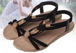 Canada Été nouvelle mode mot boucle sandales plates racine sauvages sauvages sangles avant et arrière, cale de couleur solide avec perles accessoires chaussures de plage Offre