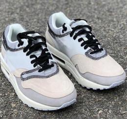 2019 новые дизайнерские кроссовки мужские наизнанку 1 серый хаки сетка дышащие спортивные кроссовки лучшие дизайнеры кроссовки от