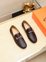 Argentina zapatos de la oficina de gama alta de lujo zapatos de vestir de fiesta informal de los hombres de negocios de estilo clásico diseño de zapatos de los hombres de moda de triple tamaño 38-45 ngxgd Suministro