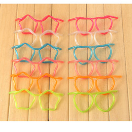 lunettes de paille kid Promotion Eco-Friendly Home Straw drôle transparent en plastique souple Lunettes unique potable flexible Tube Kids Party Bar Accessoires