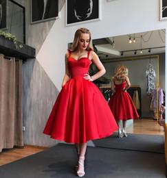 vestidos de tapete vermelho de comprimento de chá Desconto 2020 Sexy Red Spaghetti Correias curto Cocktail Club Vestidos A Tea comprimento da linha Voltar Abra Prom Vestidos Red Carpet Celebrity Dresses personalizado