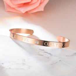 Für immer stahlschmuck online-Titan Stahl Liebe Armband Silber Rose Gold Liebe für immer nur Sie Armreifen Kristall Paar Armband Designer Schmuck Frauen Armbänder