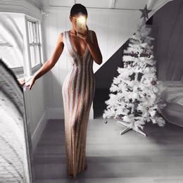 Canada 2019 nouvelle robe de soirée longue européenne paillettes sans manches / modèles d'explosion sexy profonde V robe de soirée paillettes sans manches en gros cheap wholesale cocktail evening dresses Offre