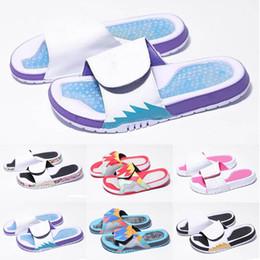 9e58a93feff Nueva llegada Hydro Jumpman XI 11 zapatos atléticos de pascua mágicos Hook  Loop Zapatillas de playa Para hombre Sandalias de goma 11s Zapatillas de  moda