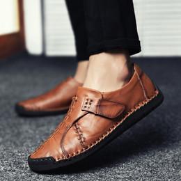 causal slip loafers homens Desconto Design de luxo Novo Mocassim De Couro Genuíno Dos Homens Mocassim Deslizamento Em Sapatilhas Plana Causal Homens Sapatos Adulto Masculino Sapatos de Barco