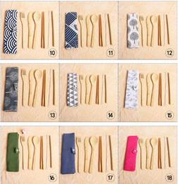 7 pçs / set conjunto de talheres portátil de viagem ao ar livre de bambu talheres conjunto faca pauzinhos garfo colher conjuntos de louça para estudante talheres 7dk4 de Fornecedores de ferramentas de cozinha para crianças