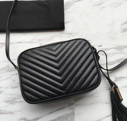 bolsas estilo japonês Desconto 2019 Famosas mulheres de Alta qualidade bolsas de pele de bezerro couro genuíno bolsa Com Zíper chevron designer Tassel messenger bag saco da câmera lou suave