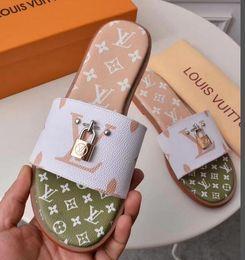 Argentina NUEVAS mujeres Top LZ Sandalias Bolsa de polvo LADY Design Shoes snake Slide Verano Moda Ancho Sandalias planas Zapatilla Suministro