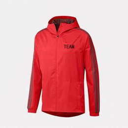 Diseñador para hombre marca deportiva del equipo Chaquetas Club Chaquetas rompevientos Imprimir Cremallera Ropa para correr Outwear Calidad superior Azul Rojo S-2XL desde fabricantes