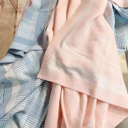 baby rosa badetücher Rabatt 2019 New Born Baby-Decke-Rosa-Blau Farbe aus reiner Baumwolle Trocknen Bad Badetuch Waschlappen Badebekleidung Baby Handtuch-Baumwolle Kinder
