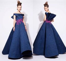 Vestidos azzi osta online-NUEVOS vestidos de noche de encaje fuera del bordado del hombro Azzi y Osta vestido de fiesta Vestidos de baile Una línea Diseño modesto Celebrity Vestidos de noche