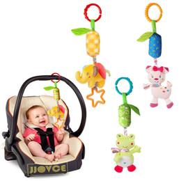 Carrozzina del bambino che appende il lettino attorno al letto del giocattolo del bambino di crepitio da regali ginnastici fornitori
