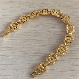 Catena di lettere 18k online-Il braccialetto del progettista della catena di collegamento della lettera delle ragazze per le signore delle signore Titanio dell'acciaio di fascino del braccialetto di modo ha riempito i monili di lusso Trasporto libero