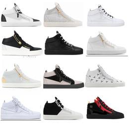 1ee7aa5359 18ss New Zanotti Venda Quente Das Mulheres Dos Homens Sapatos Top Vender  Sapatos de Corrida de Luxo Casuais Sapatilhas de Couro Zip Senhoras Low  help Shoes ...