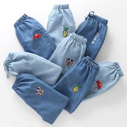 2019 pantalones vaqueros Venta al por mayor Ropa para niños Chicas Niños Pantalones Primavera Verano Pantalones Vaqueros delgados Tencel Algodón Linterna suelta Pantalones de los niños Pantalones de cintura elástica rebajas pantalones vaqueros