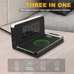2019 hd caricabatterie LED Qi Wireless Mobile Phone Charger elettrico Termometro Orologio sveglia Desktop Digital HD Specchio Nuovo multifunzione hd caricabatterie economici