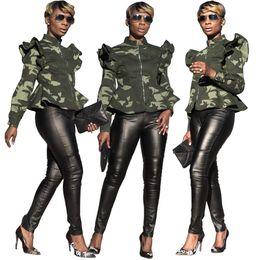 le donne si levano in piedi Sconti Camouflage Ruffles Sleeve Coat Donna Camo Print Stand Colletto Zipper manica lunga Giacche outdoor Outwear OOA6406