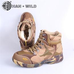 2019 botas de camuflaje táctico Zapatos de entrenamiento de camuflaje Botas tácticas para hombres Botas de tobillo de piel real Mantener abrigados Botines de invierno de ejército masculino Nieve rebajas botas de camuflaje táctico
