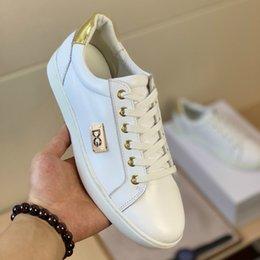 flip flops do natal Desconto calçados esportivos originais mais recentes dos homens confortável super alta qualidade sapatos casuais simples moda sapatos de condução plana