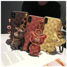 Colhedores para casais on-line-Casal bonito que pendura a caixa do telefone Urso Para Iphone 11 pro Xs Max 8 7 6 Plus Luxurious Leather Pu Coque Fundas com colhedor