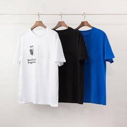 2019 novia novio camisetas Hombres de lujo diseñador de la camiseta nueva de la llegada mujeres de los hombres de alta calidad de impresión Carta corta ocasional de moda para hombre de la manga del diseño Tees 3 colores S-2XL