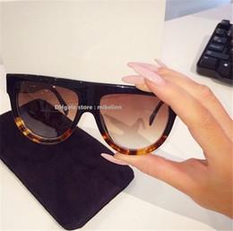 906a553986a Fahionable Stylish Lady Sunglasses Mujer gafas famoso diseñador de la marca  de lujo de alta qiality original caja descuento venta C026