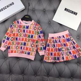 novas saia tendências Desconto Meninas ajustadas infantil roupas de grife 2019 novo logotipo impresso moda saia ocasional tecido de algodão versátil tendência confortável terno da menina