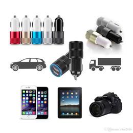 2019 chargeur de téléphone lumière bleue Adaptateur de charge universel de téléphone portable du chargeur 2.1A 1A de la voiture 12V ~ 24V USB pour le téléphone portable intelligent Samsung avec la lumière menée bleue chargeur de téléphone lumière bleue pas cher