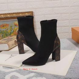 2020 zapatos de pozos Nueva llegada de los zapatos para mujer corta clásica mujeres de la piel de la mujer botas para la moda Bueno tobillo del tacón alto de las señoras de los botines Knight Gamuza zapatos de pozos baratos