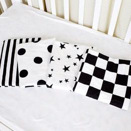 Lenzuolo per neonato per neonati Neonato Lenzuolo stampato con materasso a righe Swaddle Sacco 100% cotone Lenzuola neonato Set lenzuola per culla da