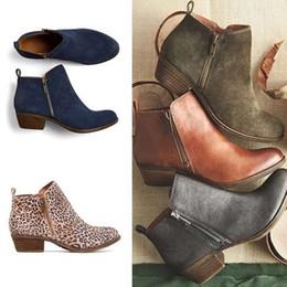 2019 zapatos azules de coche Otoño e invierno para mujer de cuero grueso con cremallera tacón bajo zapatos de mujer negro azul leopardo marca diseño moda australiana zapatos de vestir coche zapatos azules de coche baratos