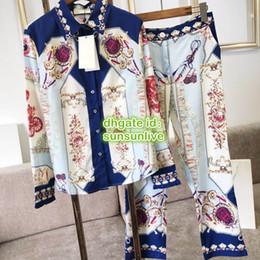 Padrões de terno vintage on-line-High-end Mulheres meninas do vintage blusa carruagem t-shirt com padrão de pedras preciosas tee tops e calças perna larga calça verão camisa terno conjunto