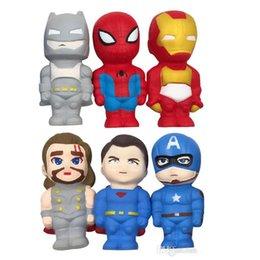 телефонный ремень squishy Скидка Squishy Jumbo Soft PU Ароматизированные мультипликационные куклы Супер человек Человек-паук Железный человек Медленно растущая декомпрессионная игрушка для малышей Ремни для сотовых телефонов