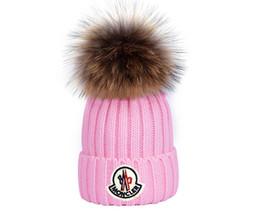 2019 оптовые шляпы индейки Gorro Bonnet зима вязаная шапка из натурального меха женщины утолщаются шапочки с 15 см реального енота меховые помпоны теплая девушка шапки snapback помпон шапочки шляпы