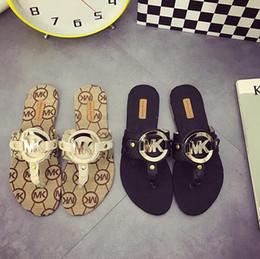 sandales pantoufles filles Promotion M Lettre Sandales En Métal Lettre Imprimé Fille Flip Flops Femmes T Style Pantoufles Appartements Casual Pantoufle En Plein Air Plage Sandale GGA2040
