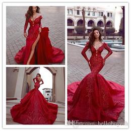 Vestidos de recepcion de boda baratos rojos online-Sexy Rojo Satén India Sirena Recepción Gótica Vestidos de novia de manga larga Baratos con cuentas musulmanes Tallas grandes vestidos de novia 2019