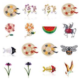 2019 spilla del fiore dei capretti cocomero fiore ape uccello berretto da pesce spilla collare spille corpetto distintivi animali gioielli donne bambini spille basso all'ingrosso spilla del fiore dei capretti economici